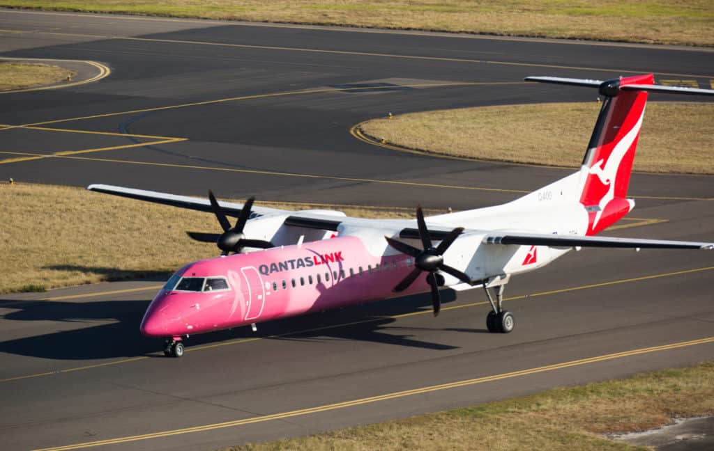 """Fly Pink"" Bombardier Q400"