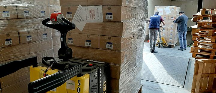Air France donates 9 000 lunchboxes